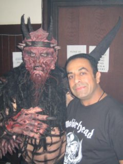 Arash (right) w/ Oderus Urungus